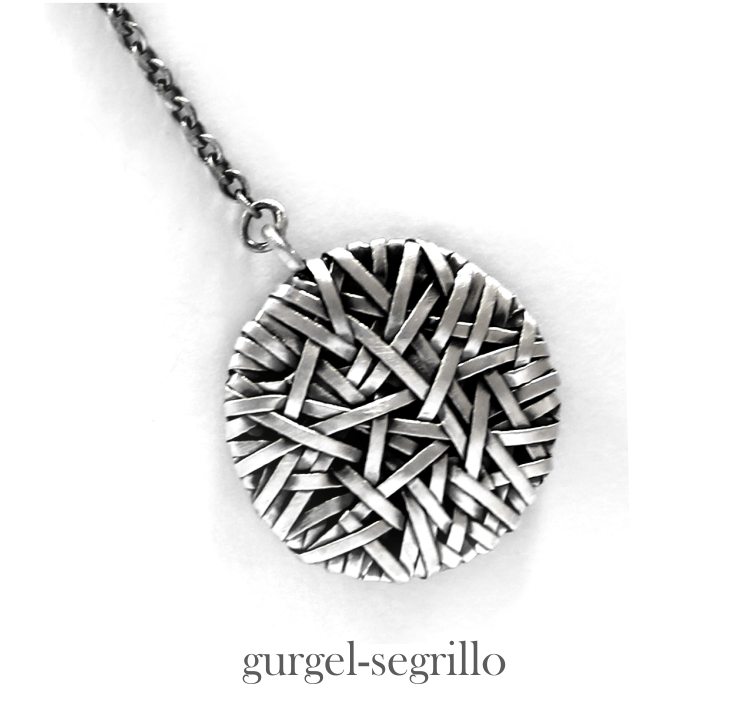 jewellery art pendant handcrafted in fine silver by jewellery designer gurgel-segrillo